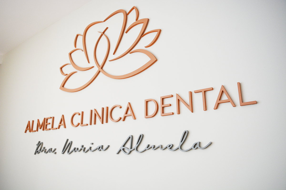 rotulo-Almela-dental-Castellon